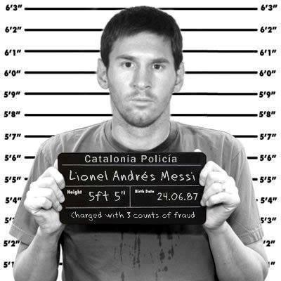 Quyết ở lại Barca dù Messi vẫn đang dính án tù