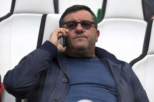 Ronaldo phải lép vế với chuyên gia môi giới Mino Raiola