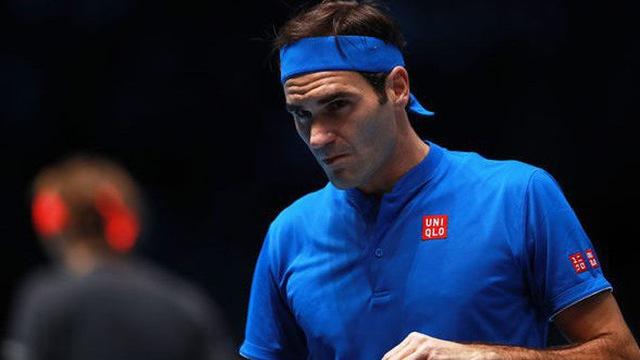 Federer chính thức ngồi cùng mâm với 2 huyền thoại quần vợt