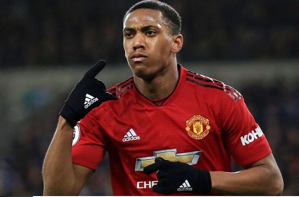 Martial Gia hạn hợp đồng 5 năm với Manchester United