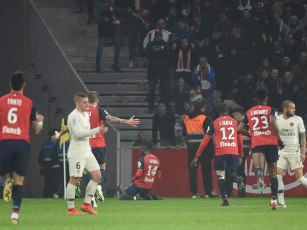 Để thua đậm đội nhì bảng, PSG lỡ hẹn vô địch sớm