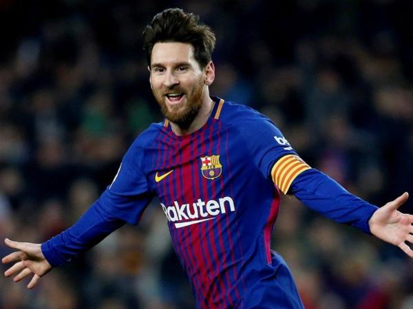 Messi vượt qua Casillas để độc chiếm một kỷ lục ở La Liga