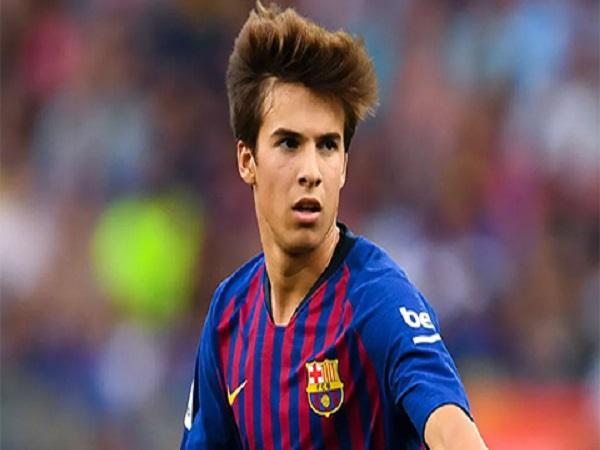 Juventus tính mua hậu vệ cánh trái Juan Miranda của Barca